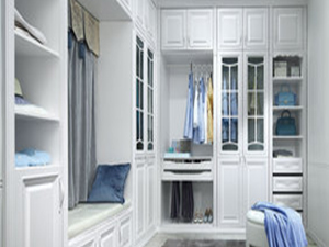 Classical L-Shaped Walk-in Closet azazw07